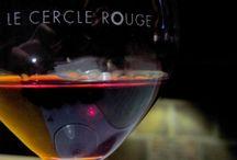 Bars à vins / Caves à mangers / Les bars à vins du centre-ville sont aussi des caves à manger, où vous pourrez déguster un verre de vin en l'accompagnant d'une planche apéritive de charcuterie, fromage ou autre grignotage. Gourmets, laissez-vous tenter par des menus construits autour du vin !