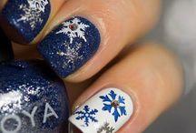 Christmas nails / by DaNella J Auten