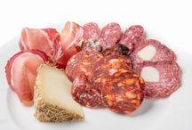 Salumi / Il meglio della nostra terra: salami, salsicce, ventricina, prosciutto e salumi abruzzesi