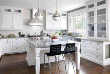 Tiny House kitchen cabinets