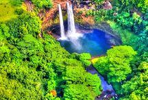 Waterfalls / by Eunice Garcia
