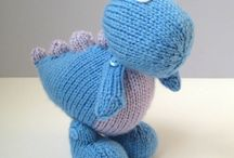 DINOSAURS - KNIT or CROCHET FREE PATTERNS