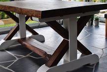 Hemmagjorda möbler