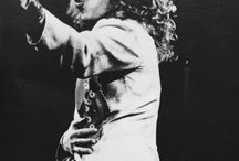 Led Zeppelin / All of my love, all of my love, oh, all of my love to them now