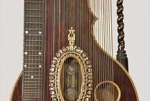 Instruments de musique anciens, rares et insolites