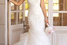 Wedding dress / by Tiffany Reyes