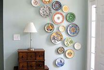 pratos na parede