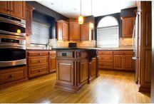 2010 Kansas City NARI REMY Award Winner / Cabinet Reface & Kitchens & Bathrooms won the 2010 Kansas City NARI REMY Award