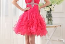 Dresses / Gotta love dresses