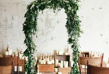 Wedding // Floral Arches / Enhance your reception by getting a floral arch. They are so incredibly beautiful and frame you, the couple, in an awe inspiring way. Here are my favourite ones.
