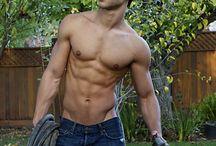 Fitness Models / by Alex Velasco