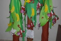 Plants bulletin board / This page has a lot of free Plants bulletin board,tree craft,flower garden craft,vegetable garden craft for kids,parents and preschool teachers.