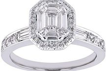 Emerald Cut Diamond Engagement Ring / An emerald cut diamond engagement ring is a Stylish choice for a romantic person with sophisticated taste.