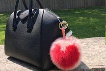 Fluffy Pom Keychain / Fluffy keychain