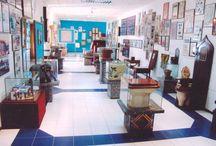 Museo del wc 2 / Ecco l'incredibile museo del wc indiano. Situato a Nuova Delhi,il luogo(di 5000 metri q di estensione),raccoglie da sempre i sanitari più pregiati,storici e divertenti