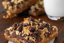 brownies&bars / by Amanda Taranto