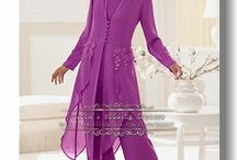 Mom wedding outfits