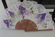 abanicos pintados de estilo flamenco