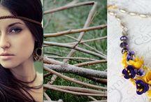 Combinación De Joyería y Ropa En Primavera 2017 / En nuestro post te enseñamos a combinar la ropa y joyería durante esta primavera. Más información: https://tendenciasjoyeria.com/joyeria-ropa-primavera-2017/