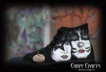 """Custom Hand Painted Vans ShoesCARPECRAFTS-ZAPAS: ZAPAS KISS / Zapatillas customizadas! Carpecrafts plasma tus sueños  personalizando tus """"zapas"""" preferidas.  Solo necesita un tema y diseñará algo especial y único. Dibujadas a mano alzada y pintadas a mano 100% Se realizan bajo encargo por el facebook de Carpecrafts o a través de carpewool@gmail.com"""