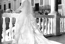 Wedding Plans / Pinspiration for my REAL LIFE wedding! / by Meredith Collier
