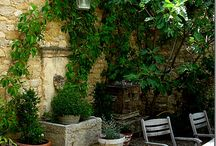 Italian courtyards