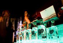 Gin Lovers Party by amo.te Dry Gin / A primeira Gin Lovers party de 2015 aconteceu no Vestigius Wine&Gin em Lisboa, serves especiais amo.te Dry Gin, diversas ofertas, um Set Live amo.te Rádio, uma festa inesquecível para mais tarde recordar… Ficam as imagens... o amo.te Dry Gin está em www.amote.pt ( Store OnLine ). The Unique Blend Of Love!
