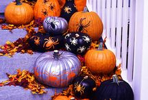 Halloween / Holliday, October 31, witches, goblins, pumpkins, trick or treat, costumes, candy, banners, monsters, ghosts, spooky