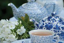 Tea. / tazas de porcelana y algo mas.