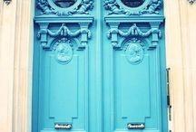 Входные двери / У красивого каркасного дома должна быть красивая входная дверь.  #деревянныедома #проектдома #строительство #ландшафтныйдизайн #двери #входныедвери #ландшафтныйдекор #фасад #доммечты #ландшафтныйдизайнучастка #ландшафтныйпроект #архитектурныйпроект #утепление #ремонт #монтаж #дизайн #декор #интерьер #дизайнпроект #экодом #архитектор #дом #дача #строимдом #загородныйдом #теплыедома