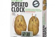 Educatief speelgoed / Jong geleerd is oud gedaan. Leuk educatief speelgoed van windmolen tot aardappelklok.