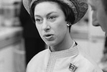 Almanach de Saxe Gotha - HRH Princess Margaret - Countess of Snowdon / Princess Margaret, Countess of Snowdon CI GCVO GCStJ (Margaret Rose; 21 August 1930 – 9 February 2002), was the only sibling of Queen Elizabeth II and the younger daughter of King George VI and Queen Elizabeth.
