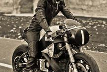 Cafe Racer & Helmet