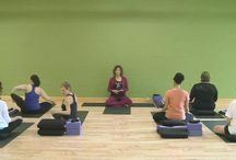 nothing like a free yoga class! / Generous yoga offerings - AUM