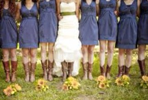 Wedding Ideas / Wedding dresses and other fun ideas! / by Hollie Rae