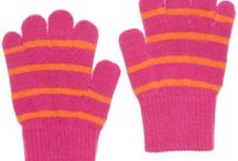 Clothing & Accessories - Gloves & Mittens