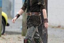 Peter Pan OUAT / Costume references Fabrics: Suede(/ine) Cotton/Linen Leather