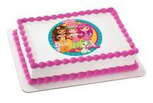 Sweet'n Treats - Edible Cake Toppers / by Sweet'n Treats