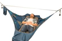 Amok / Amok founder Jonas Haug first imagined a lay-flat sleeping hammock while sailing in the Caribbean after finding it difficult to sleep in the hot and humid cabin. What he imagined then is today the Draumr – old Norse for 'dream'. Finally, a hammock that you can lay completely flat in, without feeling like you're wrapped in a cocoon. 25% of now @ wildbounds store. 25% of. only @ wildbounds store.