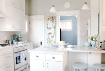 KITCHENS / by Darlene Greg