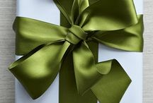 Giftwrap and Bows