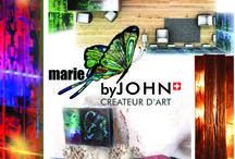 MARIE J.JOHN / Marie J. John est une artiste peintre qui met en œuvre des évènements et des scénographies. Elle harmonise des espaces professionnels ou privés, crée des objets, des luminaires, du mobilier ou des toiles sur-mesure pour répondre à vos besoins. Ses œuvres peintes réagissent au son et sont défiscalisables...au Show Room Déco