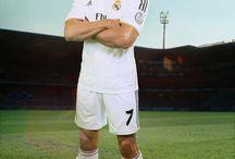 Cristiano Ronaldo / by Chris Núñez España