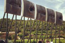 Domaine des Peyre Wine  resort Robion Vaucluse / A.O.P Ventoux et Luberon, rénovation totale des bâtiments, création de gites de prestige, construction d'un chai de vinification. Une nouvelle adresse incontournable en Luberon.