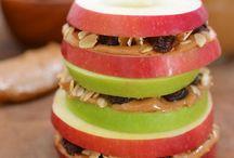 Fit & Healthy snacks / by Vanessa Cruz