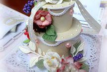 tort z papieru