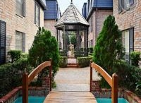 Houston apartment locators - Real Estate / Houston apartment locators are the best service providers located in anywhere in Houston area. They provide full of responsibility of giving your home apartments.
