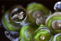 Wedding and engagement rings / Walking on wedding blogs, I understood that I adore beautiful photos of wedding rings