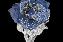 Украшение: Dior