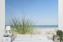 Meer, Küste, Strand | Sommer Feeling / Du träumst von Sommer, Sonne, Sonnenschein und planst schon deinen nächsten Urlaub? Dann probiers in der Zwischenzeit mal mit einer Fototapete von Bilderwelten. Damit holst du dir den Strand, das Meer und die schönsten Aussichten direkt nach Hause.  #Sommer #Sonne #Sonnenschein #Meer #Strand #Küste #Urlaub